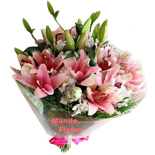 4282 Arranjo Com Flores De Lírios.