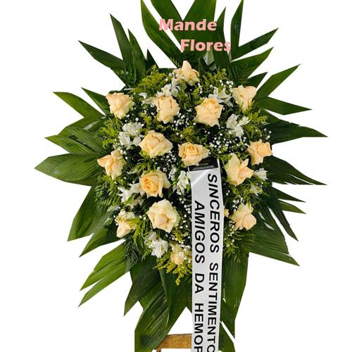 4324 Coroa De Flores e Folhagens