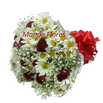 5046 Buque Misto De Rosas e Flor Do Campo.