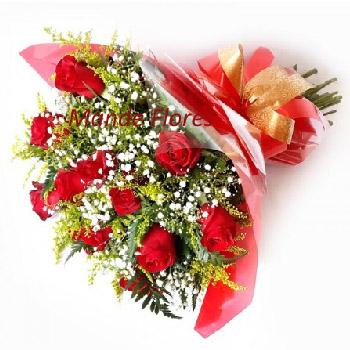 5047 Buquê Com Rosas Vermelhas Decorado Especial