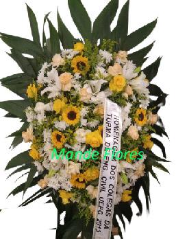 5059 Coroa Pra Velório Com Flores Mistas .