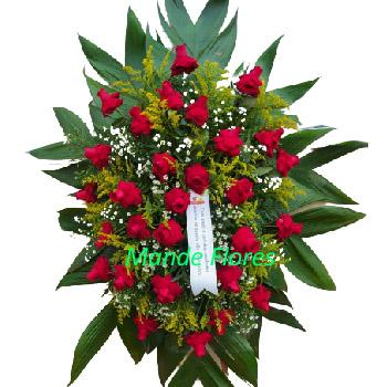 5062 Coroa De Flores Vermelhas