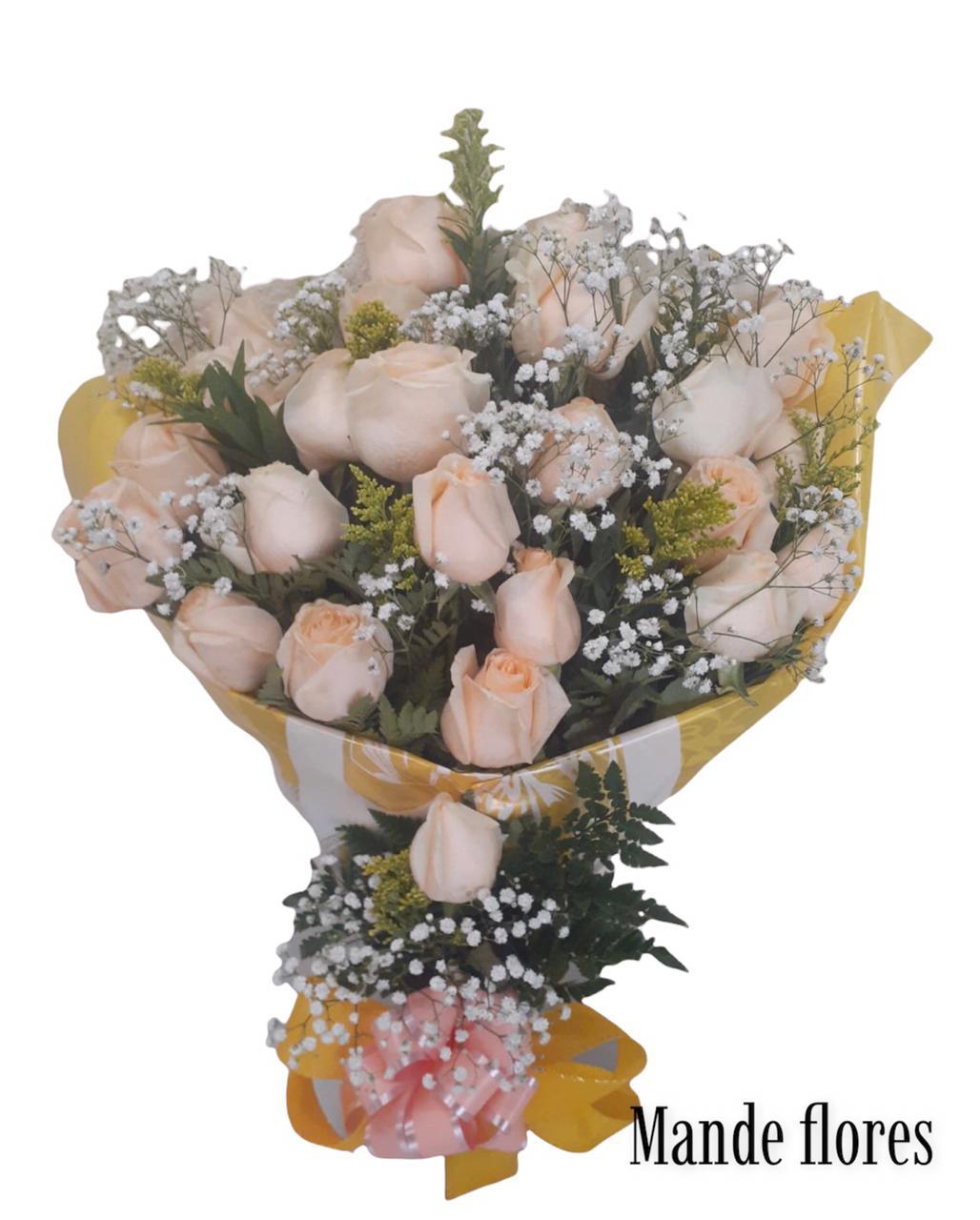5525 Buque Com 20 Rosas Champanhe Decorado.